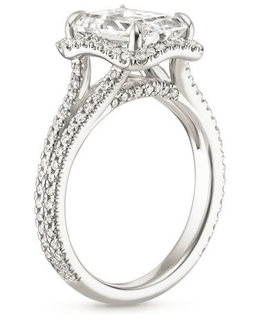 The Fortuna Diamond Ring features a distinctive and glamorous look.
