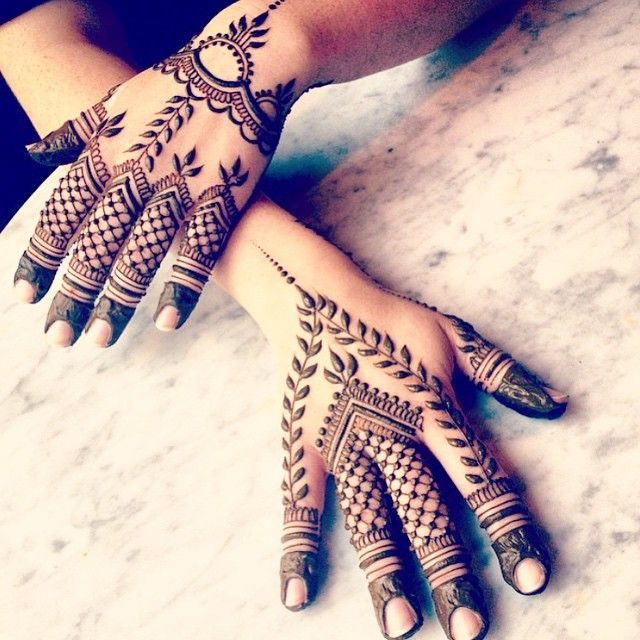 We're loving this mehndi design by Maple Mehndi! How pretty is the leaf work?   Shaadi Glam @shaadiglam Instagram photos