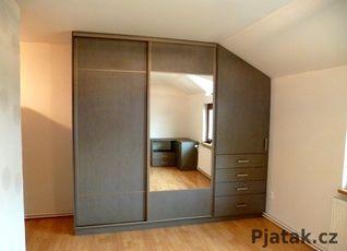 Vestavěné skříně na míru fotogalerie | Pjatak.cz