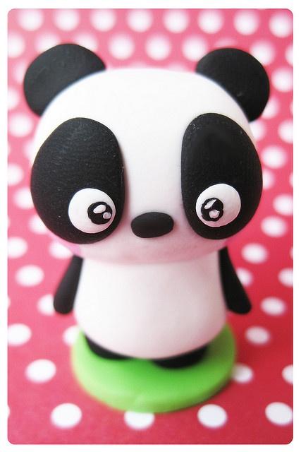 fimo cutey pie kawaii panda. Die gaan we zeker een keertje maken. Super lief!
