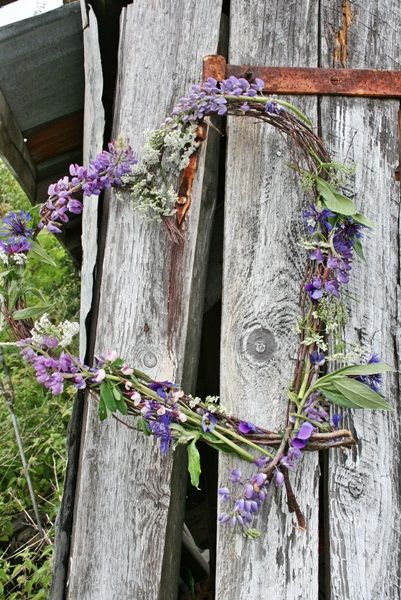 Lavender and flowers heart wreath - I need to remember this when the lavender is blooming in the spring.