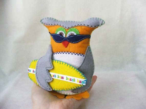 Felt owl   Beach bum owl  Matt  MADE TO ORDER by buligaia on Etsy, $32.00
