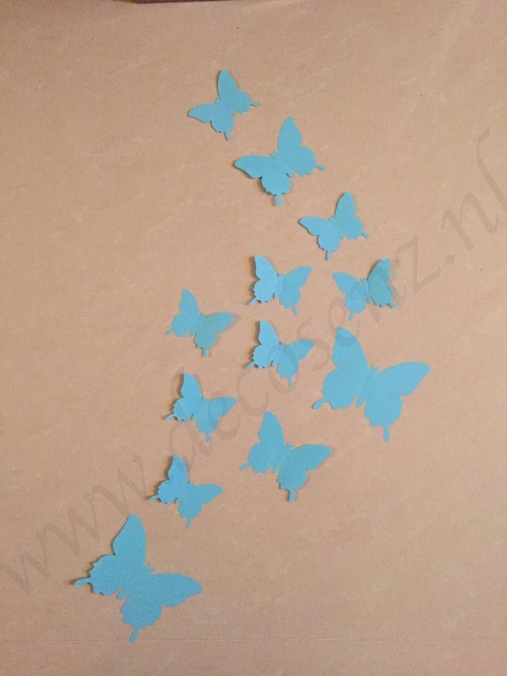 licht blauwe vlinders wanddecoratie