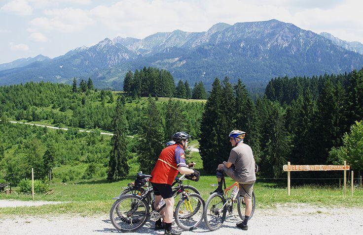 Die ca. 26,4 Kilometer lange #MountainbikeTour von #Schwangau über das #Mühlberger #Älpele bis zur #Buchenberg #Alm begeistert mit einem abwechslungsreichen #Streckenverlauf, tollen #Ausblicken auf das weite #Voralpenland und #Allgäuer #Hüttenflair.  http://www.hotel-fuessen.de/de/blog/mit-dem-mountainbike-von-schwangau-ueber-das-muehlberger-aelpele-bis-zur-buchenberg-alm.html