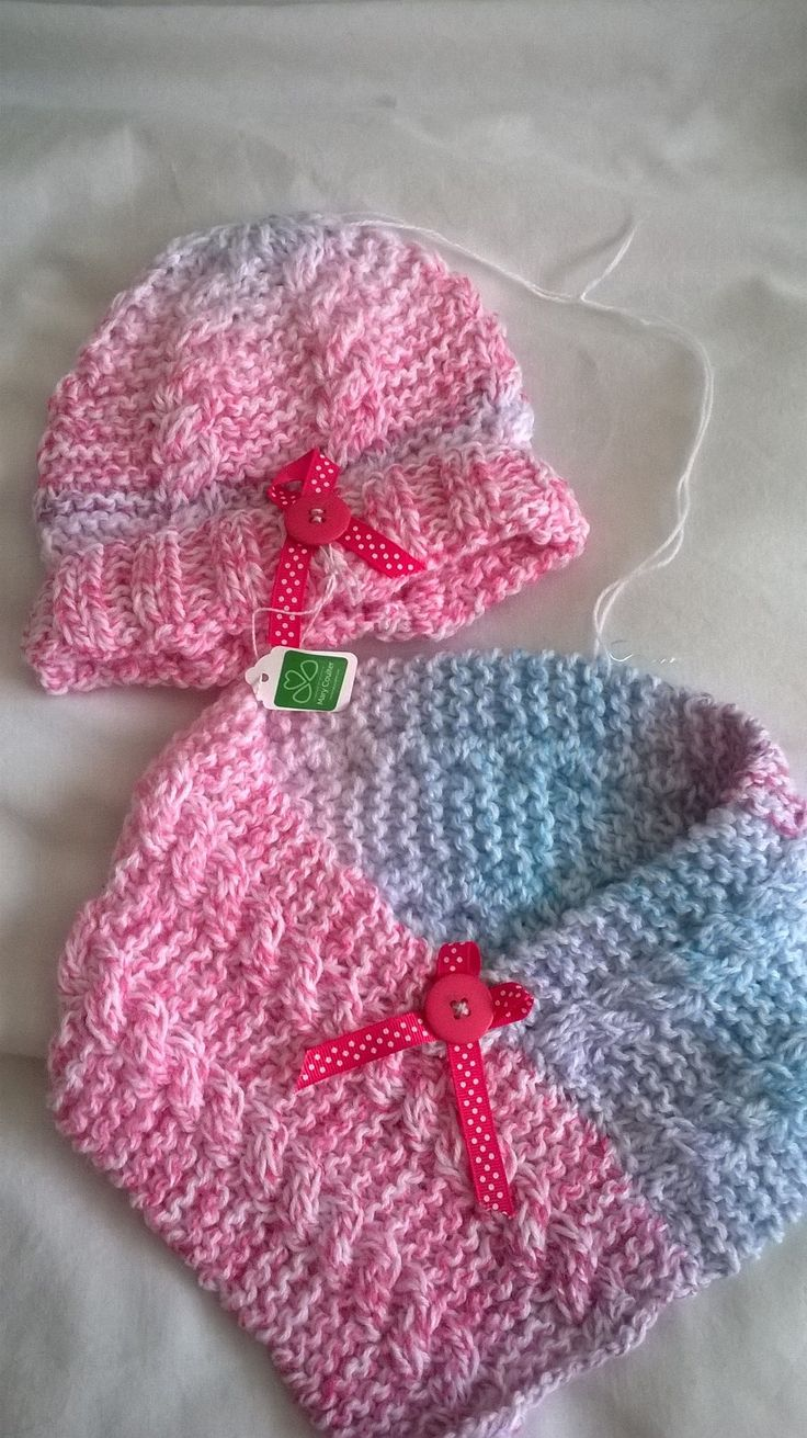 Hat and scarf set£10+p&p