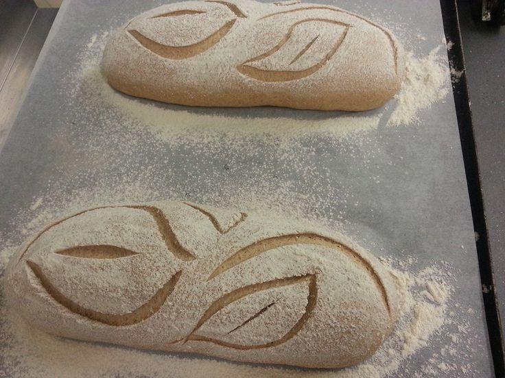 beautiful bread scoring