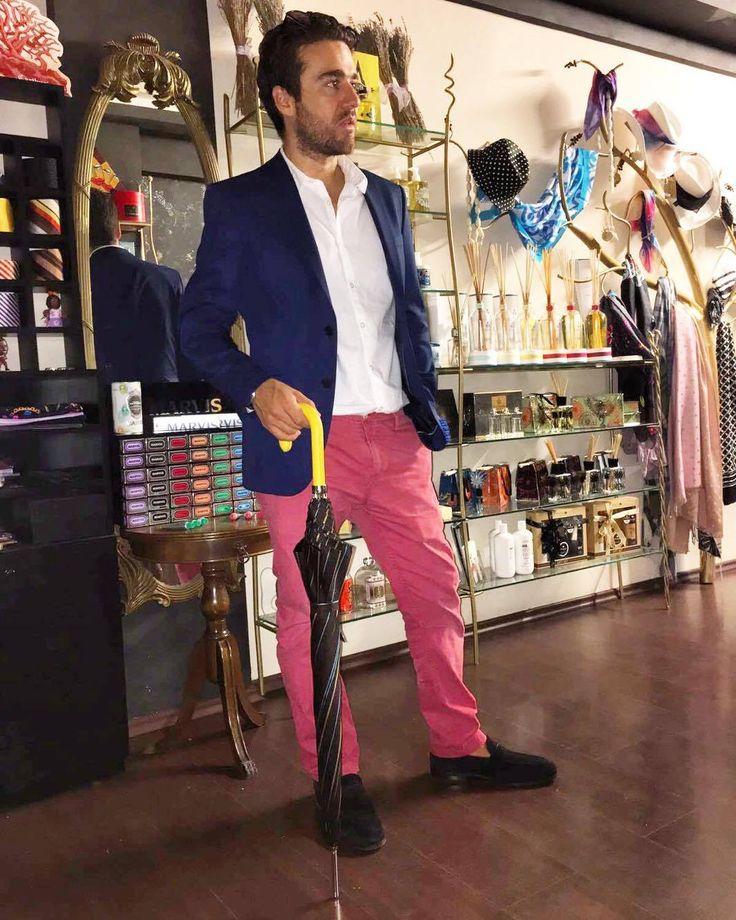 #pasotti #pasottiombrelli #umbrella #italian #style #classy #gentleman #mensfashion #menstyle #gentlemanstyle #rosinaperfumery #nicheperfumes #nicheperfumery #perfumes #niche #perfumery #giannitsopoulou6 #glyfada #athens #greece #shoppingonline : www.rosinaperfumery.com