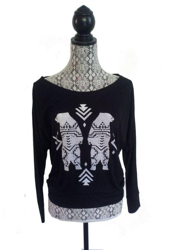 Womens AZTEC BEAR Tribal Native Boho Off Shoulder boho Print Bella Slouchy Top S M L XL