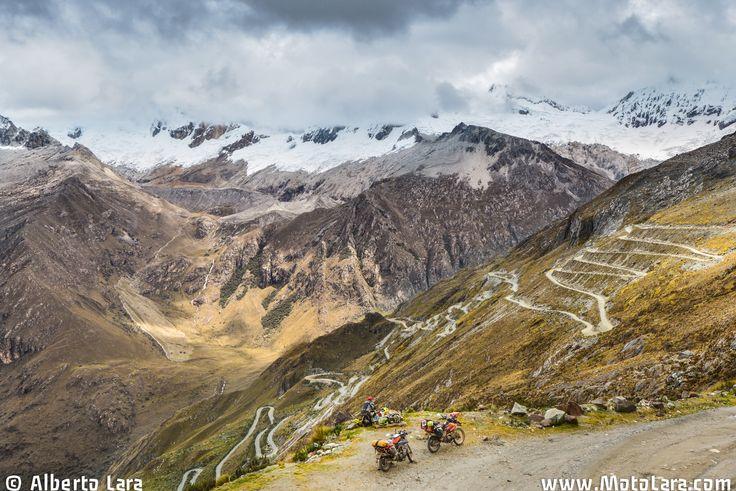 MotoLara | Motorcycle Traveling & Fotografia