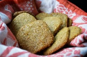 Cheese and seed crackers - gluten free, nut free lunchbox or anytime snack. Find the recipe at www.wellnourished.com.au