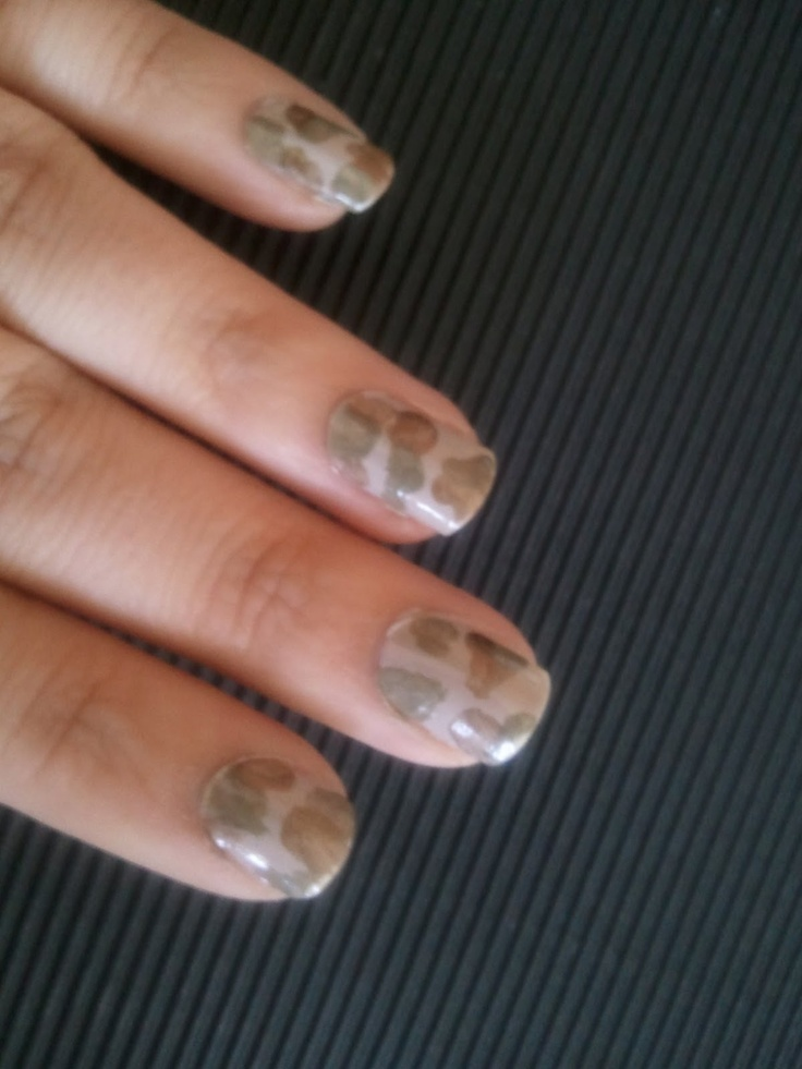 Camo Nail Art Tutorial add some crystals we hv a winner    Camo Nail Art Tutorial