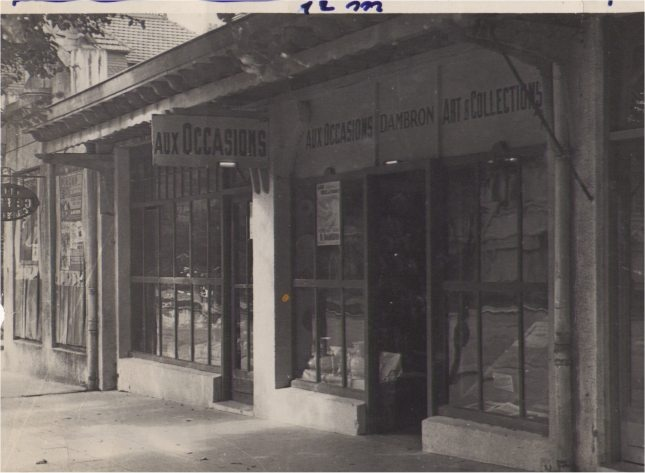 Antique shop, rue Saint-Jean, Le Touquet Paris-Plage, années 40 : magasin d'antiquités