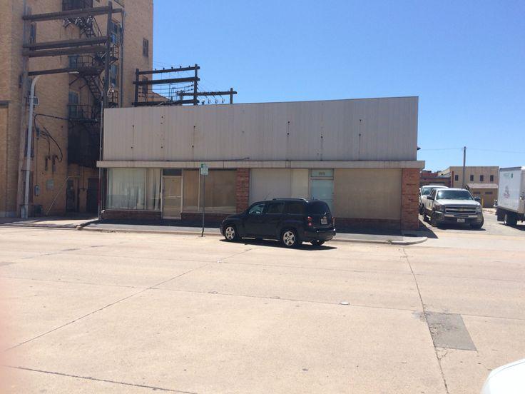Location on 3rd street , Abilene Texas, where Abilene Barber College was located in 1963 when I got my barber license.