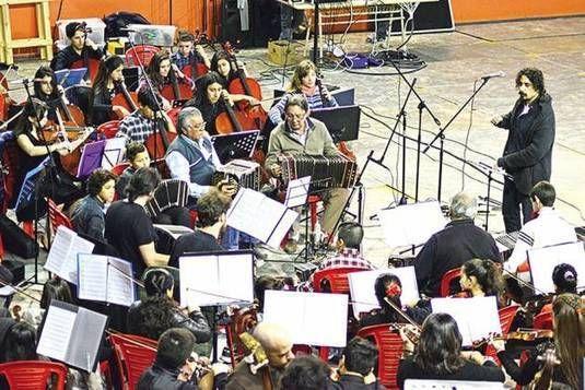 Caleta Olivia: Primer encuentro regional de tango para orquestas