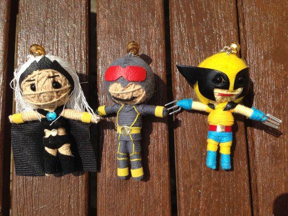 Voodoo poupée à la main de chaîne porteclés The par MyGameOfDolls