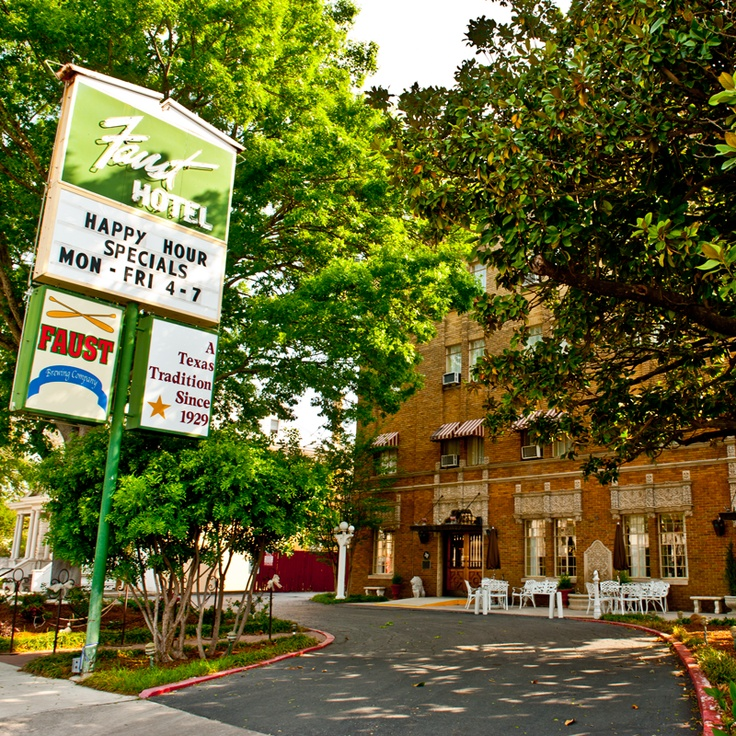 Faust Hotel New Braunfels Tx Our Wedding Reception Was Held Here Texas Pinterest Hill Country And Haunted
