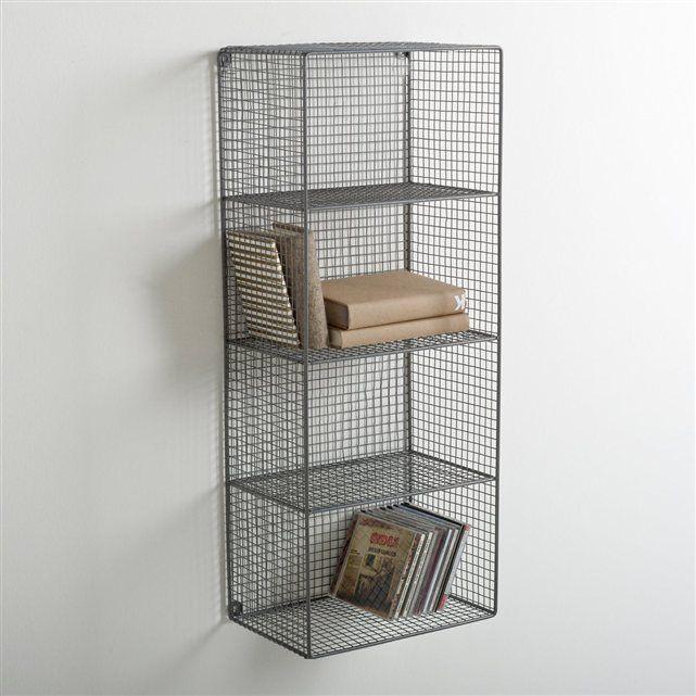 A fixer au mur à l'aide de 2 rondelles, l'étagère métal ajouré La Redoute Intérieurs vous offre un look minimaliste... mais une capacité de rangement maximale avec ses 4 niveaux. Caractéristiques de l'étagère métal ajouré La Redoute Intérieurs :4 étagères.Structure grillage métal, finition peinture époxy gris.Dimensions d'une case : 29 x 19,5 x 18,5 cm.Dimensions totales : H.76,2 x 30,8 x 20,9 cm.