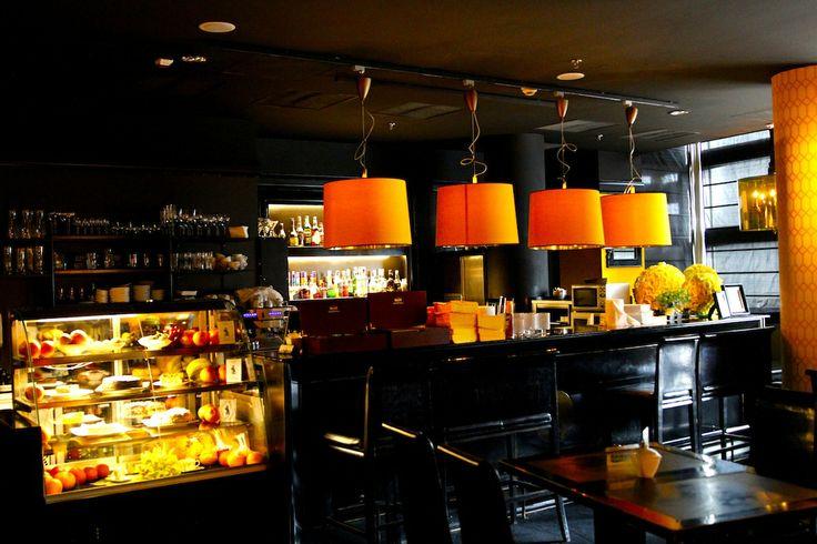 Restauracja Almi Cafè & Restaurant w Złotych Tarasach - wnętrze