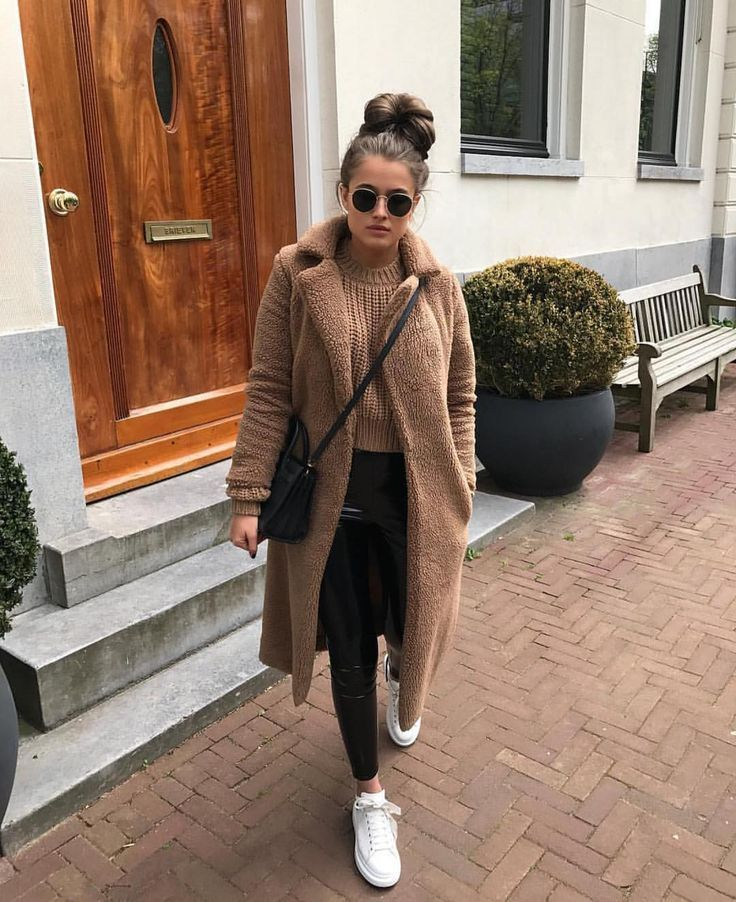 "MAJOR STREET STYLE auf Instagram: ""Comfy chic @d…"