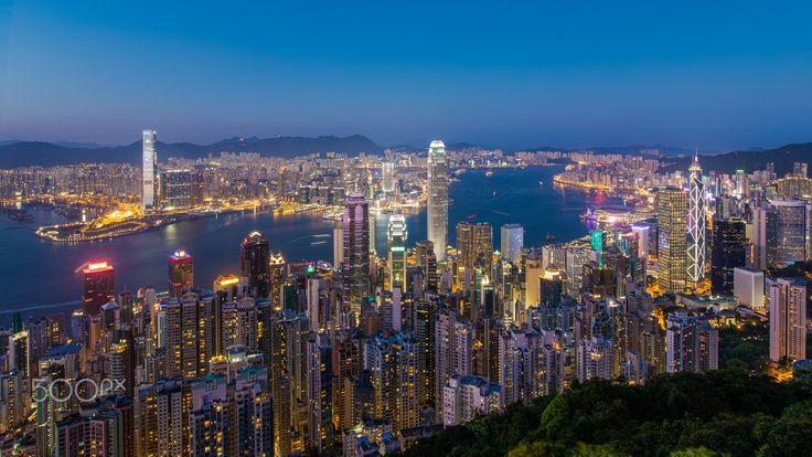 Hong Kong Skyline at Twilight - Hong Kong Skyline at Twilight