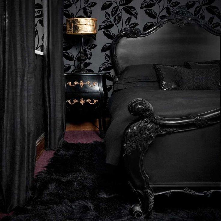 Sassy Boo Black French Bed. #Frenchbedroomcompany