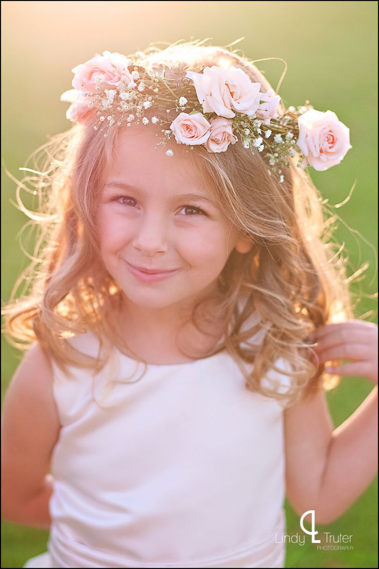 I sent this image because this little girl reminds me of you when you were that age. Flower girl headpiece {www.lindytruter.com}