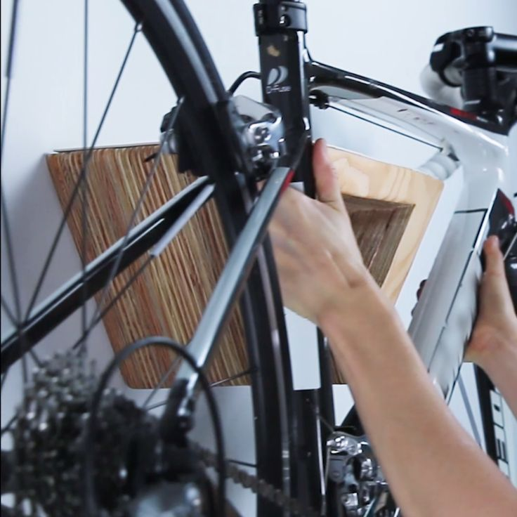 DIY Woodworking Ideas This DIY Wooden Bike Rack Will Look Gorgeous On Your Wall