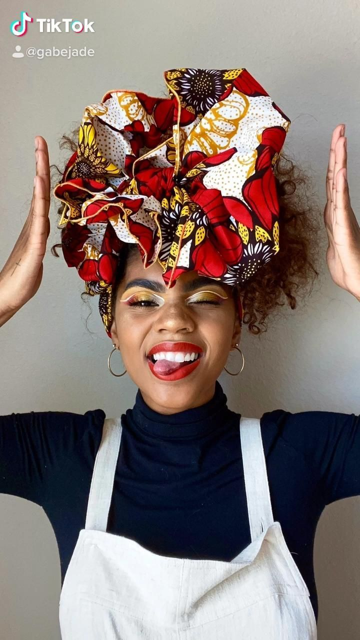 Hairstyles With Bandanas Curly In 2020 Hair Styles Bandana Hairstyles Short Headwrap Hairstyles