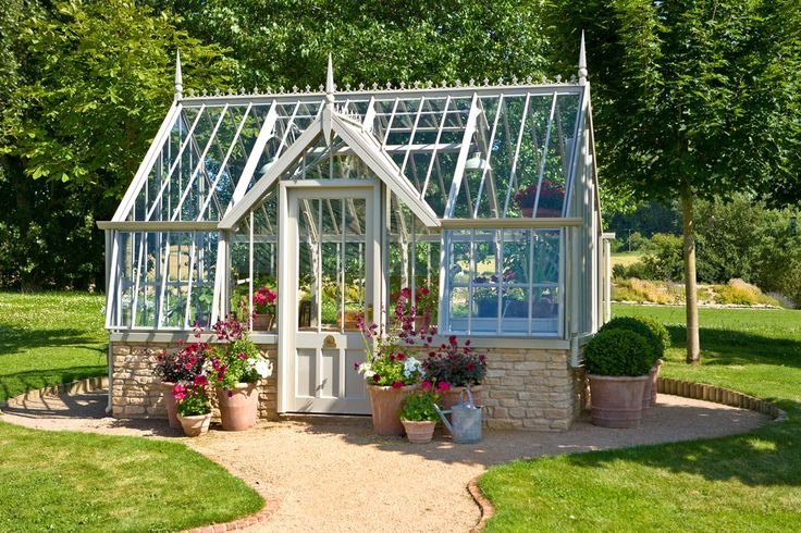 Here is the Mottisfont greenhouse from the collection shown here at Torberry HQ