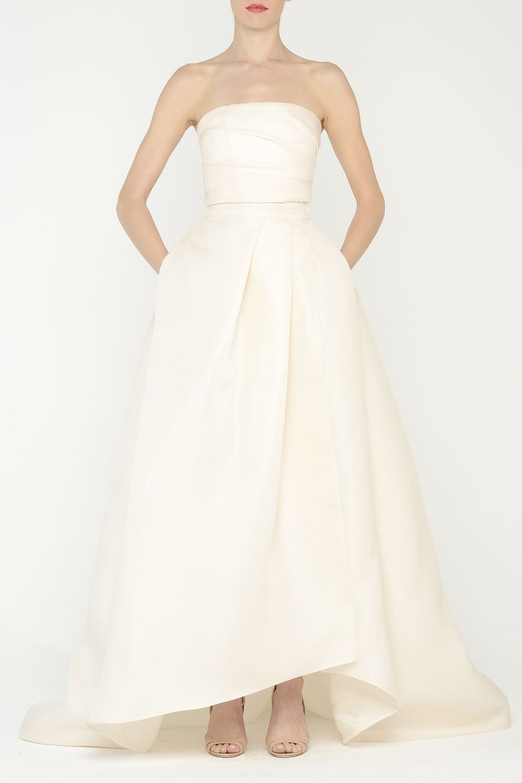 Obsessed w. this Monique Lhuillier gown Capriskirt_blush_main_0