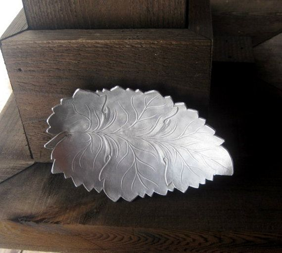 Metal Leaf Tray Vintage Aluminum Use as by RiverHouseArtPottery, $16.00