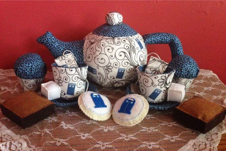 Doctor Who fabric tea set #sewing #crafts #handmade #quilting #fabric #vintage #DIY #craft #knitting