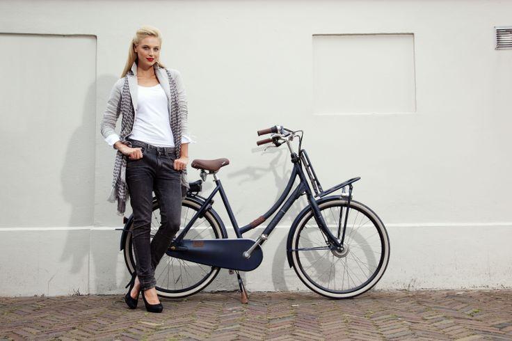 Samenwerking Modewereld van de Belt, Fiets: #Cortina #ECOMO Jeans (e-bike)