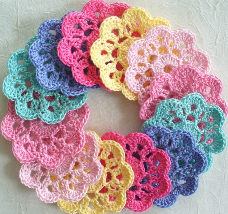 Pinned by Tam from www.babybites.co.nz Handmade Springtime Applique Flowers, Mini Doilies - set of 12. $8.00, via Etsy.