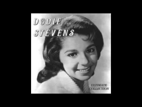 Dodie Stevens - I Fall To Pieces