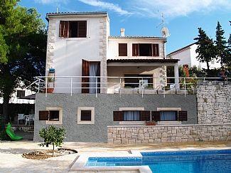 Holiday in Sutivan, Island Brac, Dalmatia, Croatia CR818