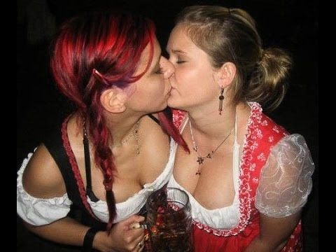 Drunk girls makeout