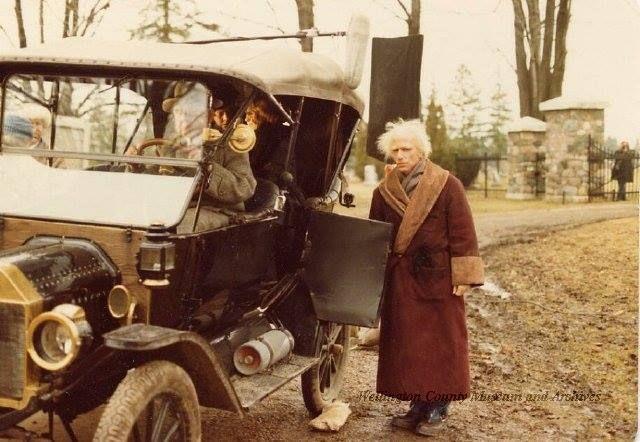 Henry Winkler filming American Christmas Carol in Elora 1979 - https://www.facebook.com/photo.php?fbid=10152529883326233&set=gm.556489311143973&type=1&theater