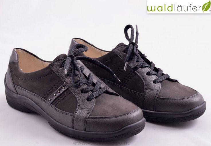 Waldlaufer női félcipő kivehető talpbetéttel rendelkezik, ezáltal még nagyobb kényelmet biztosít! Waldlaufer cipők minden szezonban vásárolhatók a Valentina cipőboltokban vagy egyszerűen rendelhetők webáruházunkból! Csak egy kattintás 😉  http://valentinacipo.hu/waldlaufer/noi/barna/zart-felcipo/141343339  #Waldlaufer #Waldalufer_cipő #Valentina_cipőboltok