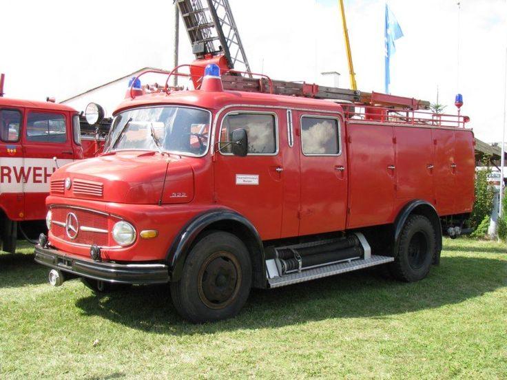 Simple Meetzen Lastkraftwagen MB als Schlauchwagen f r die Feuerwehr