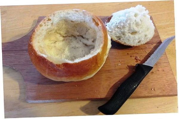 How to take a frozen bread loaf & make it into a  bread bowl. (Great for chili, soup or dip.) This is super easy.