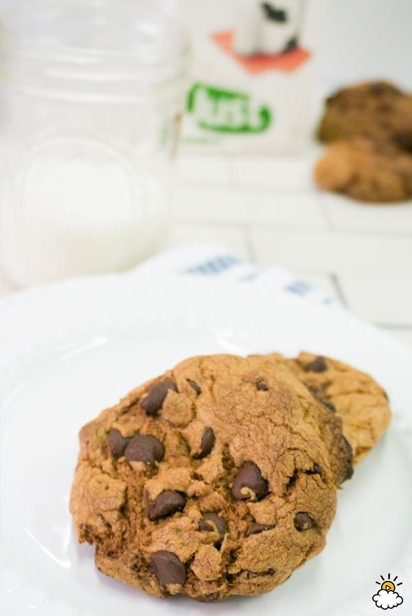 Bacon Chocolate Chip Cookies -- How great do these look?