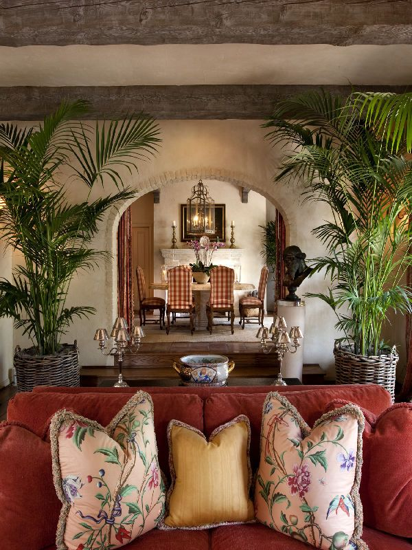 A French Country Estate For Sale In Montecito Living Room