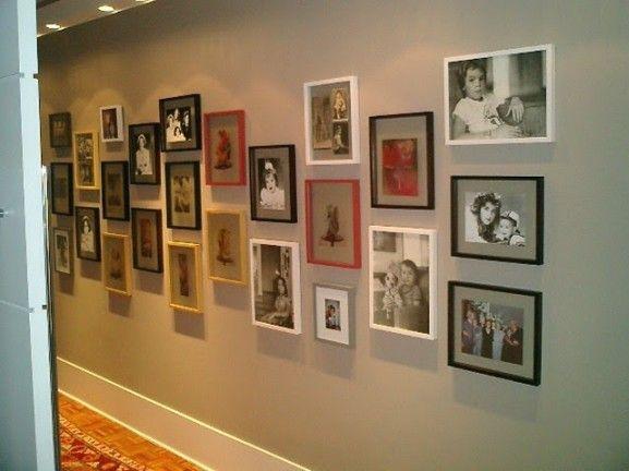 quadros de fotos com molduras coloridas