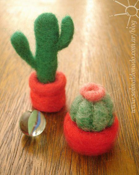 Tutorial, how to make a cactus. - cactus_fieltro_needle-felting (61)