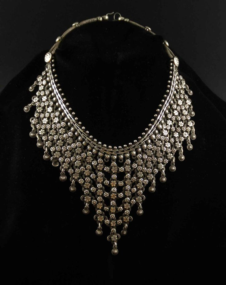 India | A vintage necklace from the nomad people in Rajasthan | Silver alloy