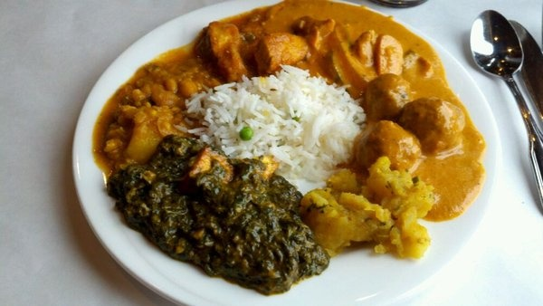 Aab India Restaurant - Amazing Indian food, always eat my fill and have leftovers for the next day.