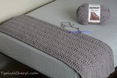 Simple crochet blanket using Bernat Blanket yarn. How many skeins do you need to cover a twin size for bed? Hook size, stitches and tips here. So easy you don't need a pattern!