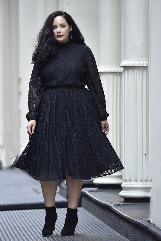 ccca409a0e1 Girl With Curves X Lane Bryant Collection Pleated Lace Dress Via   GirlWithCurves  GWCxLB  outfits  fashion  blogger
