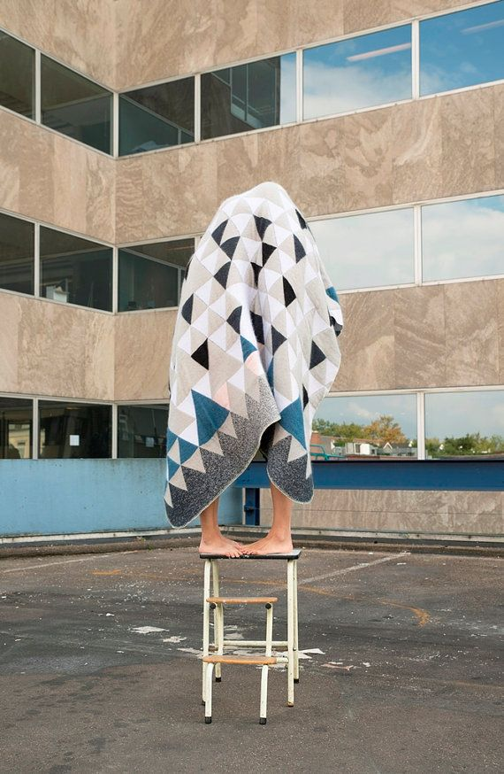In search of new creative playgrounds, LileSadi worked with the famous textile lab in Tilburg. The result of this new adventure is Blanket 01:  A